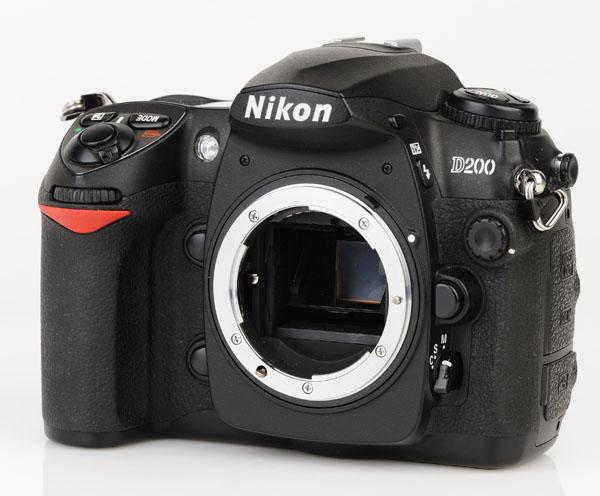 Nikon D200 front